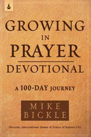 Book cover of Growing in Prayer Devotional